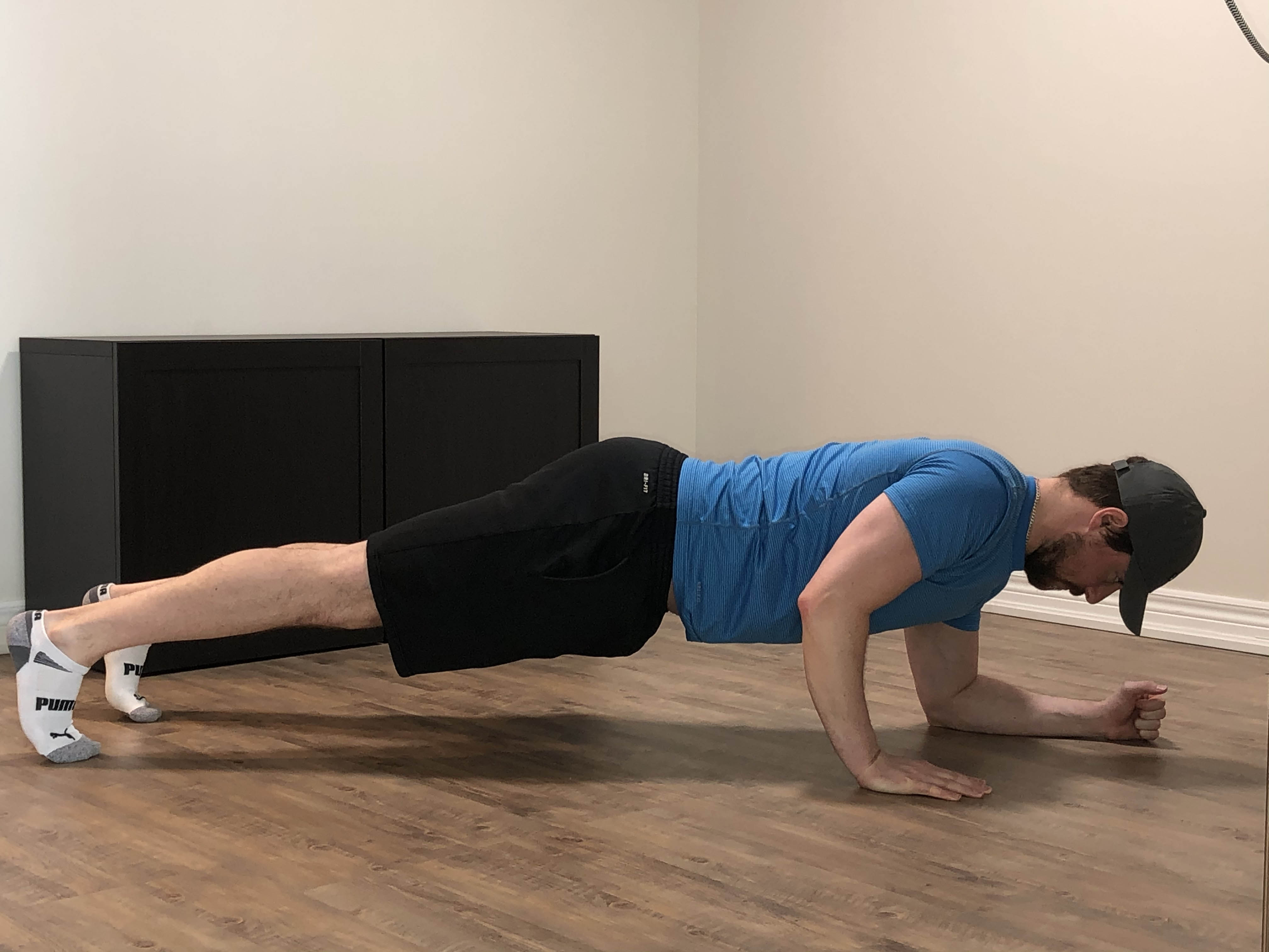 april-28-brandon-plank-push-up-M